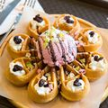 Gelato 義式冰淇淋 Gelato Waffles 義式冰淇淋鬆餅 NTD200 玫瑰白巧克力
