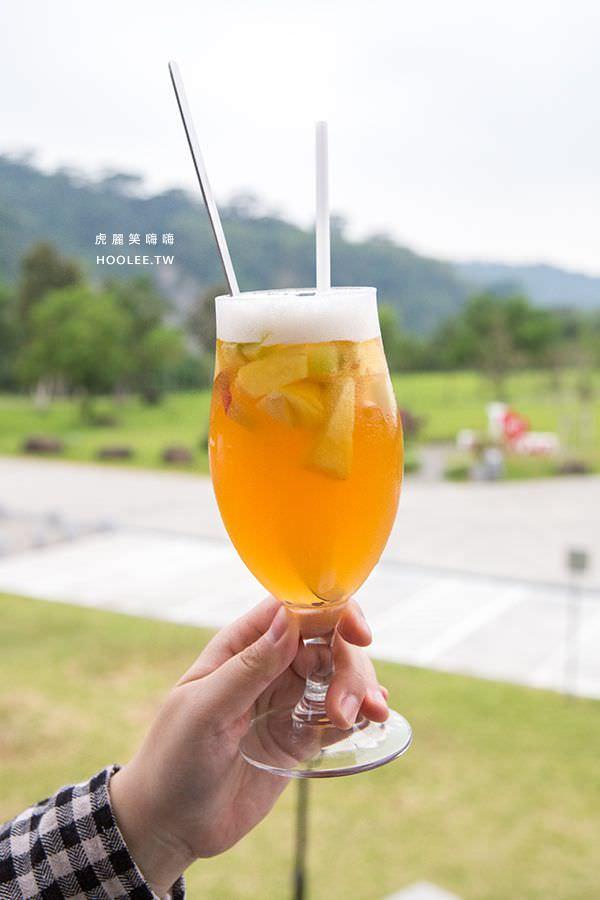 旺萊山愛情大草原 嘉義景點 幸福咖啡廳 繽紛水果茶 NT$120