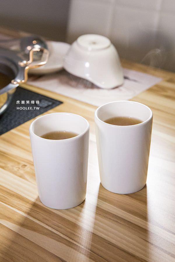 菊野日式涮涮鍋 高雄火鍋 熱麥茶