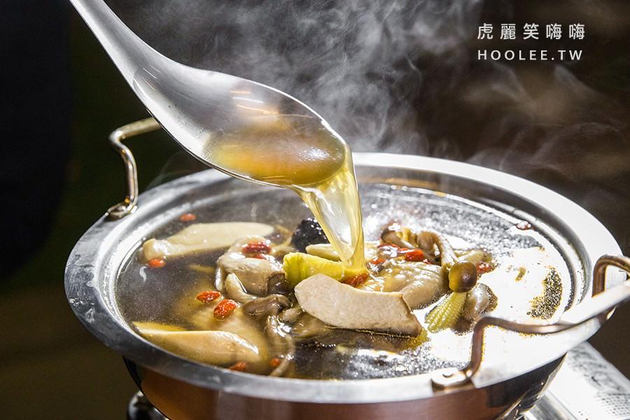 88番塩焗屋 高雄宵夜推薦 養生百菇雞湯(小) 300元