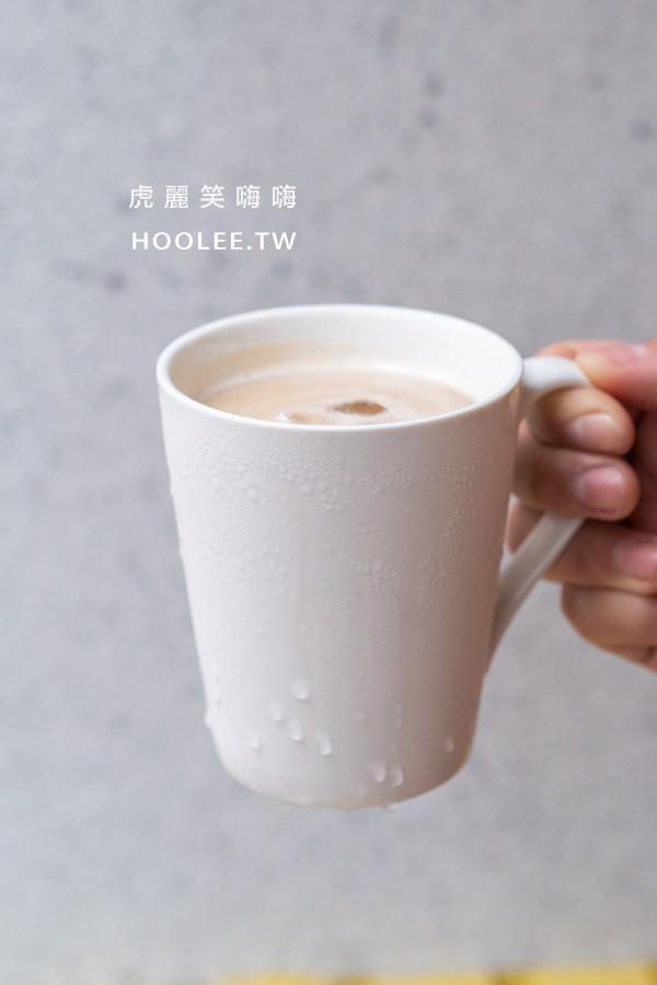 千香漢堡 高雄 重立店 經典拿鐵 中杯 55元