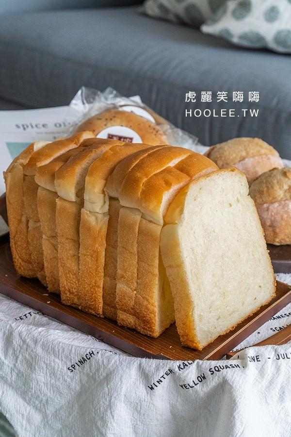 潘樓烘焙 屏東麵包推薦 歐式麵包 流淚吐司 120元