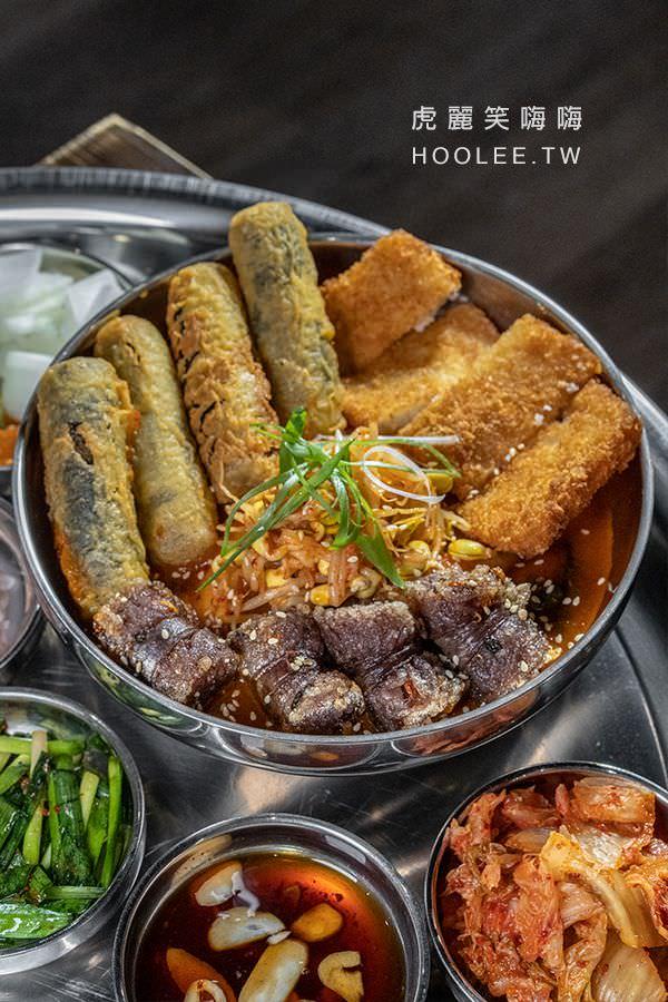 小月豬肉湯飯 高雄韓式料理推薦 韓式炸物拼盤 350元 年糕+海苔冬粉捲+血腸+多利魚