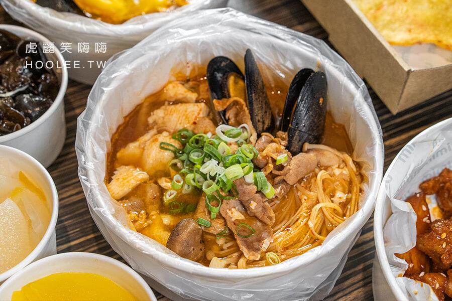 玉豆腐韓式料理 鳳山店 高雄韓式料理推薦 外帶套餐 990元 泡菜豬肉嫩豆腐煲 1份