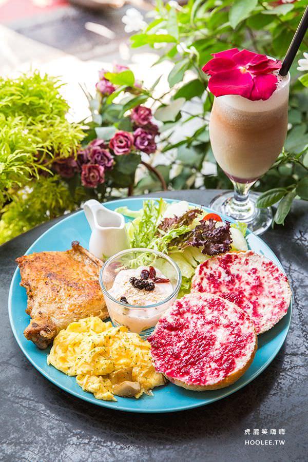 漫漫花時間 高雄早午餐推薦 玫瑰花園香草雞 NT$300 附蜜香仙女紅茶(更換其他飲品折抵NT$40)